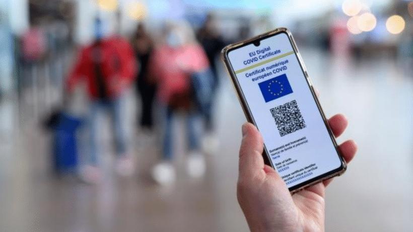 La AEPD alerta que pedir el certificado covid en los establecimientos puede vulnerar los derechos de la ciudadanía